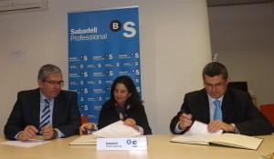 Foto firma Convenio Sabadell 2